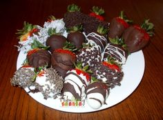 Deliciously simple Chocolate Dipped Strawberries in 5 easy steps! http://fabulesslyfrugal.com/2012/05/chocolate-covered-strawberries-in-5-easy-kid-friendly-steps.html