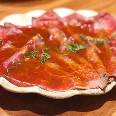 "tokyo29report 代官山 焼肉かねこ 久しぶりの「かねこ」でまずはロービー!少し値上がってしまったけど、それでも満足度は抜群です! Thinly sliced Wagyu roasted beef is the must-eat-menu here at ""Kaneko"" ! #かねこ #代官山 #焼肉 #ステーキ #肉 #和牛 #牛 #東京肉レポート #肉レポ #kaneko #daikanyana #yakiniku #wagyu #beef #steak #instafood #food #foodie #yummy #bbq #barbecue #tokyo #tokyo29report #tokyowagyureport"