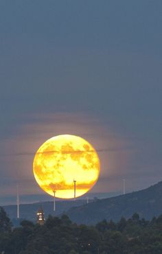 This is actually the Moon. Taken in Spain by Antonio Costa.