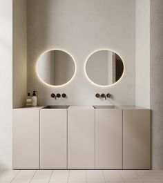 A beautiful minimal design with the most calming and serene palette. Milan Apartment by & Via Bathroom Red, Modern Bathroom, Small Bathroom, Bathroom Mirrors, Remodel Bathroom, Bathroom Fixtures, Home Interior, Bathroom Interior, Design Bathroom
