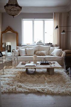 Best Carpet Runners For Hallways Living Room Carpet, Bedroom Carpet, Rugs In Living Room, Living Spaces, Carpet Stairs, Wall Carpet, Rugs On Carpet, Paint Carpet, White Carpet