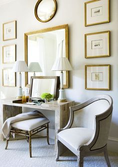 Arrangement mirror, artwork and chair
