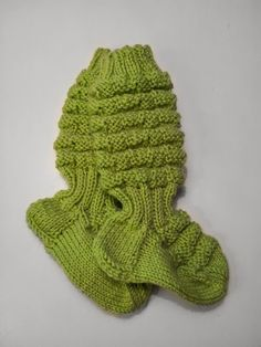 1n, 1o: Vauvan villasukat Fingerless Gloves, Baby Knitting, Arm Warmers, Milan, Knitwear, Knit Crochet, Socks, Children, Crafts