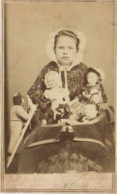 CDV 1864 Of Nellie Grant as the Old Woman who lived in a Shoe for the US Sanitary Commission Fair at St Louis