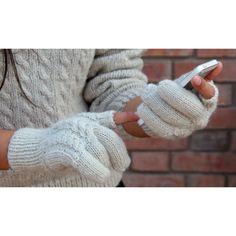 Hand knitted gloves | Journal des Femmes | SPOOTNIK