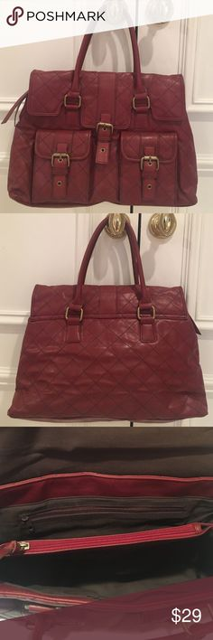 NWOT Quilted bag/matching detachable change purse Gorgeous! Never worn! Bag AND two front pockets have magnet closures. 3 interior sections the middle is zipped with matching leather pull. Zip side pocket. Bags Shoulder Bags