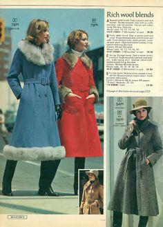 1975-xx-xx Eaton's Christmas Catalog P058
