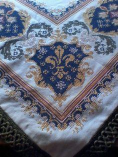 Cross Stitches, Cross Stitch Patterns, Bohemian Rug, Diy And Crafts, Rugs, Decor, Cross Stitch, Punto De Cruz, Dots