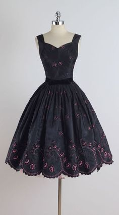 1950's Eyelet Flocked Dress