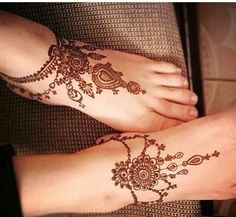 Henna Designs Feet, Mehndi Art Designs, Mehndi Images, Henna Tattoo Designs, Mehndi Tattoo, Henna Mehndi, Hand Henna, Cool Henna, Wedding Henna