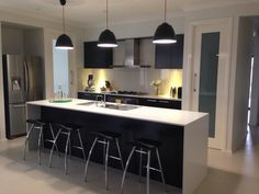 Karen from Sydney shared some photos of her new Manhattan Two home. This is her stunning kitchen, we love those pendant lights! #kitchen #newhome #cook #cookupastorm #decorate