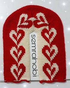 Selamunaleykum 🌹🌹🌹 I wish you a good week Leyla duranay my sister . Blessed Week, Knitted Slippers, Beautiful Friend, Tunisian Crochet, Christmas Sweaters, Sisters, Beanie, Stitch, Embroidery