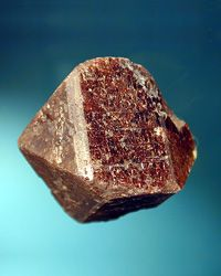 (Message by Tanny Keng) Jacinth a) Jacinth is the first stone mentioned in the Bible in the third row of the priest's breastplate (. Love Rocks, Beautiful Rocks, Rocks And Gems, Crystals Minerals, Rocks And Minerals, Stones And Crystals, Rock Of Ages, Mineral Stone, Chakra