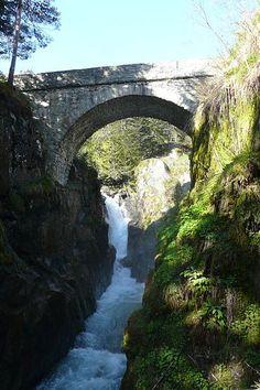 cauterets pont-d-espagne  séjour touristique Guide touristique des Hautes-pyrénées Midi-pyrénées