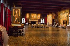 images of isabella stewart gardner museum | The Isabella Stewart Gardner Museum's Tapestry Room — Before And ...