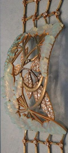 Lalique 1901-2 'Umbels' Collar Necklace: gold, enamel, glass, diamonds.: