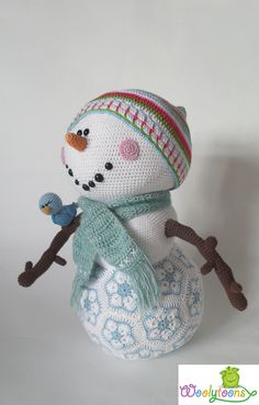 Mr. Frosty available in English and Dutch www. woolytoons.com