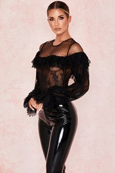 This semi sheer piece is made from wispy lace and chiffon and it's trimmed with swathes of ruffles around the bust Trendy Outfits, Cool Outfits, Long Balloons, Skin Tight, Leather Leggings, Stretch Lace, Leather Fashion, Sexy Legs, Beautiful Women