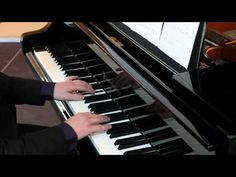 Vladimir Sterzer - Falling Snow (Live, Filmmusik, Klassik Klavier, Classical Piano) - http://music.onwired.biz/classical-music-videos/vladimir-sterzer-falling-snow-live-filmmusik-klassik-klavier-classical-piano/