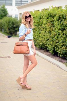 Phong cách sành điệu và tinh tế của blogger Chiara Ferragni  Chi tiết tại: http://ngonplus.net/dep/thoi-trang/2533-phong-cach-sanh-dieu-va-tinh-te-cua-blogger-chiara-ferragni
