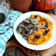 An flavorful dinner side dish. Creamy Pumpkin Puree with Mushrooms