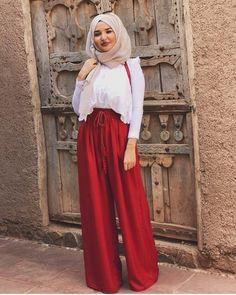 37 Trendy Fashion Dresses Hijab Chic Source by – Hijab Fashion 2020 Modest Summer Fashion, Trendy Fashion, Fashion Outfits, Fashion Fashion, Modest Summer Outfits, Muslim Women Fashion, Islamic Fashion, Mode Turban, Hijab Fashion Inspiration