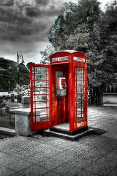Red telephone box by uzair ar on värivalokuvaus, mustavalkoinen valok Black And White Colour, Black And White Pictures, Red Color, Color Pop, Red Black, Splash Photography, Color Photography, Black And White Photography, Color Splash