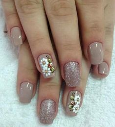 This is a very nice Trendy Nail Arts Design in nude or pastel colors with rhinestone or diamond or glitters , It gives sophisticated and luxurious looks in your nails. Its just enough glitz to have a stylish yet not overbearing nail art design. Hot Nails, Nude Nails, Manicure And Pedicure, Hair And Nails, Creative Nail Designs, Creative Nails, Nail Art Designs, Gorgeous Nails, Pretty Nails