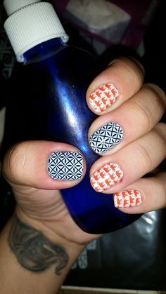 So Fresh over Stormy Seas lacquer paired with Trunk Show Jamberry wraps! I've been looking for ways to pair these elephant wraps and I think I might try this out!! #manicure #orange #nails #nailart #navy