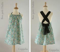 Cute variation of a pillowcase dress!!! Page can be translated...but seems easy enough to just wing it ;)