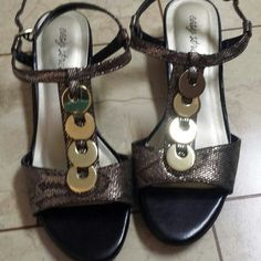 Shoes Snake skin pattern, with gold jewels goin down center, strap buckle. 4 adjustable holes. New never worn. Easy Street Shoes Sandals