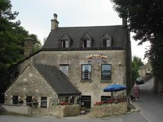 New Red Lion Inn, Chalford Hill
