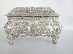 Vintage Trinket Box Silver Plated Jewelry box by oldandnew8, $15.00
