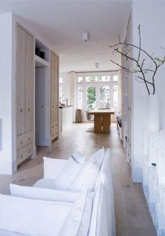 Coastal design inspiration from Mackenzie & Mae Interiors My Living Room, Home And Living, Living Spaces, Simple Interior, Interior Design, Home And Deco, White Walls, White Wood, Interior Inspiration