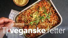 Har du tatt imot ei utfordring du sliter med å gjennomføre, eller satt et mål som virker litt uoppnåelig? Her er ti veganske oppskrifter. Spagetti Recipe, Vegan Bolognese, Whole Food Recipes, Cooking Recipes, Vegetarian Recipes, Healthy Recipes, Frisk, Going Vegan, Diy Food