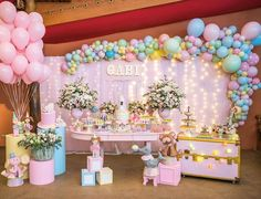 Gracinha de circo candy colors Via ig catalogodefestas - Circo Rosa mega lindo Por ellaarts Reposted from ellaarts - Dumbo Birthday Party, Candy Theme Birthday Party, Carousel Birthday, 1st Birthday Party For Girls, Carnival Birthday Parties, Bday Girl, Circus Birthday, Circus Party, Baby Party