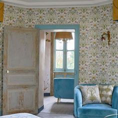 The Chateau by Angel Strawbridge Potagerie Wallpaper Cream French Chateau Homes, Angel Strawbridge, Ceiling Trim, Blue Bedroom Decor, Cosy Room, Wallpaper Uk, Stunning Wallpapers, High Quality Wallpapers, Lounges