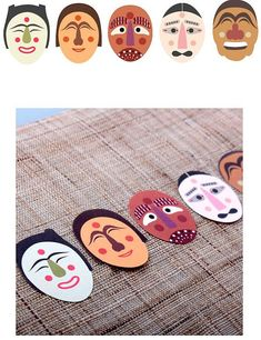 Items similar to Korea Traditional Mask Gift Decoration Sticker sheets) on Etsy Korean Traditional, Traditional Art, Korean Crafts, International Craft, Korean Painting, Korean Design, Korean Products, Korean Hanbok, World Crafts
