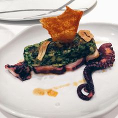 Octopus at La Taverna del Clinic, Barcelona. They outdo themselves EVERY TIME. Photo: Barcelona Food Experience.