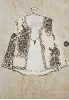 Indian Western Dress, Western Dresses, Look Fashion, Fashion Outfits, Womens Fashion, Estilo Hippy, Jackets For Women, Clothes For Women, Embroidered Jacket
