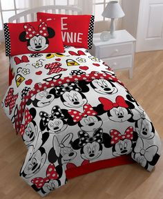 "Disney's Minnie ""Who"" Twin Sheet Set"