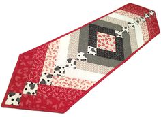 French Braid Quilted Table Runner, Hearts Table Topper, Red, White and Black Valentines Day Quilt, First Crush by Sweetwater for Moda by QuiltSewPieceful on Etsy