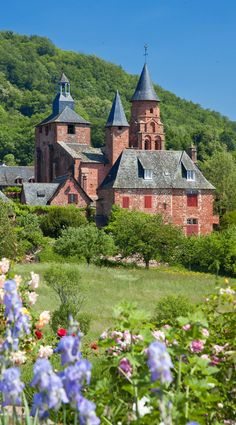 Collonges la Rouge, Corrèze, Limousin, Central France ✯ ωнιмѕу ѕαη∂у