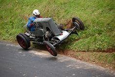 Pictures gallery with amazing vehicles, unusual cars, cool bikes, carts and crazy bicycles Vintage Racing, Vintage Cars, Sport Cars, Race Cars, Bike Cart, Amazing Cars, Cool Bikes, Exotic Cars, Custom Cars