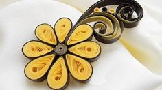 Craft is one of the best 'Art & Craft' website in the world with thousands of craft ideas and tutorials for all age groups. Quilling Jewelry, Quilling Craft, Paper Jewelry, Paper Beads, Paper Quilling, Quilling Ideas, Quilling Flower Designs, Construction Paper Flowers, Quilled Creations