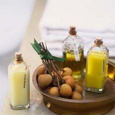 Olá amores!!!   Bóra fazer nosso próprio shampoo natural?   Este shampoo equilibra a oleosidade do couro cabeludo, e serve para todos ...