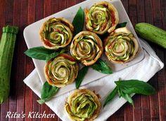 Rose di zucchine con prosciutto e pesto
