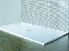 Matki - High quality, ultra low profile acrylic capped shower tray with the security of a 10mm raised threshold gives the new Matki Continental 40 the edge. This modern medium weight shower tray is suitable for most Matki shower doors and panels and comes complete with Fastflow shower waste and highly polished stainless steel or White/Chrome grill. Available in White, Pergamon and Piano Black.