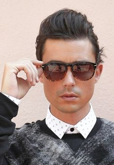 Keyhole round frame aviator sunglasses with gradient lens
