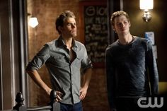 """The End of the Affair""--LtoR: Paul Wesley as Stefan and Joseph Morgan as Klaus on THE VAMPIRE DIARIES on The CW. Photo: Bob Mahoney/The CW ©2011 The CW Network. All Rights Reserved."